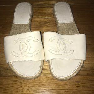 CHANEL Shoes - White Chanel espadrille slides